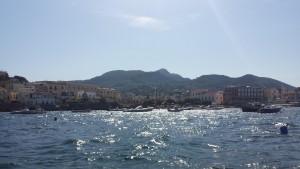 Ischia Ponte vom Boot aus